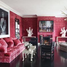 Check Out Best Interior Design by Thomas Britt. Thomas Britt is an icon of the interior design industry. For over 40 years, Thomas has contributed his sense of European classicism and vibrant sense of color to the field. Living Room Red, Eclectic Living Room, Living Room Designs, Living Room Decor, Living Spaces, Living Area, Boho Home, Red Rooms, Pink Room