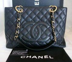 Chanel Grand Shopper Tote GST Black Leather Handbag! Balenciaga Designer, Chanel Designer, Shopper Tote, Tote Bag, Louis Vuitton Designer, Used Watches, Man Crush Everyday, Chanel Tote, Beautiful Handbags