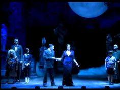 Cultura em Cena : A FAmília Addams - Musical Brasil   Antonio Carlos Gomes