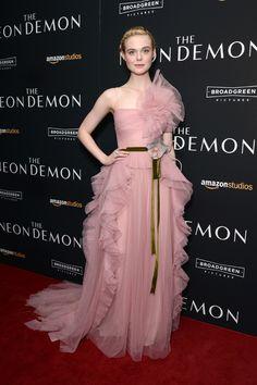 Elle Fanning en Gucci à la première de The Neon Demon à New York