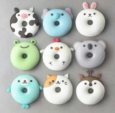 With this collection of donuts you will receive suggestions for donut recipes. Probi The post With this collection of donuts you will receive suggestions for donut recipes. Probi appeared first on Dessert Factory. Desserts Végétaliens, Disney Desserts, Dessert Recipes, Cute Donuts, Donuts Donuts, Mini Donuts, Fried Donuts, Cute Baking, Cupcakes Decorados