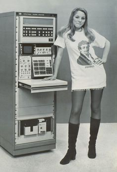 Post from May 27, 2014. Hewlett-Packard (HP) Fourier Analyzer 5451A, one of the first calculator - computer in the world. A funny photographic poster done by Berkeley University students in 1972.