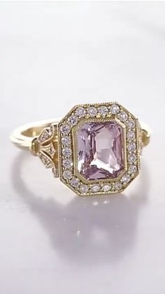 Vintage Art Deco Rings, Vintage Jewelry, Pink Topaz, Purse Styles, Amethysts, Emeralds, Tiffany Jewelry, Love Ring, Violet