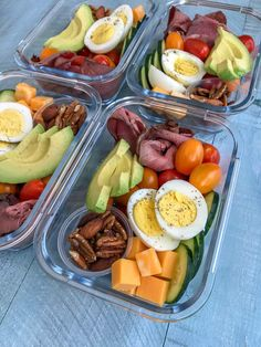 Recipes Snacks Lunch Ideas DIY Deli Style Protein Box - healthy meals that you can make ahead of time and have on hand for grab-n-go! Healthy and perfect for lunch or as a post-workout snack. Protein Box, Protein Dinner, High Protein Meal Prep, Healthy Protein Snacks, High Protein Recipes, Healthy Meal Prep, Healthy Recipes, Healthy Breakfasts, Protein Foods
