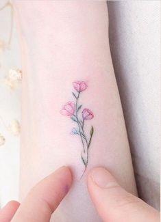 T a t t o o - Flower Tattoo Designs - narbe Mini Tattoos, Little Tattoos, Small Tattoos, Forearm Tattoos, Finger Tattoos, Body Art Tattoos, Pretty Tattoos, Unique Tattoos, Beautiful Tattoos