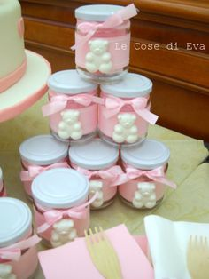 ... Le cose di Eva Baby Food Jar Crafts, Baby Food Jars, Deco Baby Shower, Baby Shower Parties, Baby Birthday, Birthday Parties, Baby Giveaways, Chocolate Wrapping, Deco Table Noel