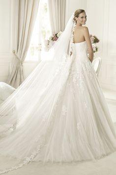 Girl's best wedding dress
