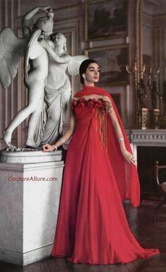 Stunning red gown designed by Madame Gres 1956 Vintage Fashion 1950s, Fifties Fashion, Vintage Couture, Vintage Mode, Madame Gres, Vintage Outfits, Vintage Gowns, Dress Vintage, 1950s Style
