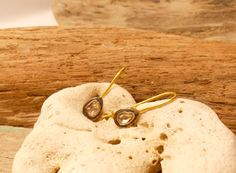 POLKI DIAMOND EARRINGS. Handmade earrings with polki diamond and silver with gold plating. Unique design jewelry of great natural beauty. #piabarcelona #handmade #madeinbcn