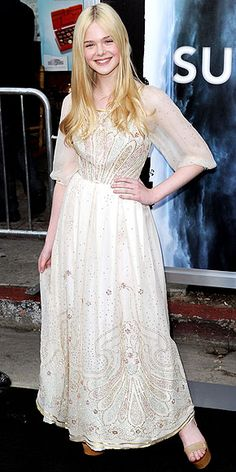 elle fanning. sorry im obsessed with your face and your hair and your style.