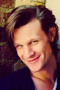 You don't really realize how beautiful one is until you get to know them. Then, they can be one of the most beautiful people in the world. Well, Matt Smith, you sure are one BEAUTIFUL man. Undécimo Doctor, Serie Doctor, Eleventh Doctor, Doctor Stuff, Most Beautiful People, Pretty People, Beautiful Men, Dead Gorgeous, Hello Gorgeous