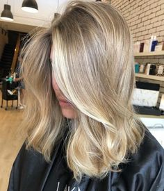49 hottest hair color trends for 2019 new hair color ideas 48 – JANDAJOSS.ME 49 hottest hair color t Hair Color Balayage, Hair Highlights, Natural Blonde Highlights, Highlighted Blonde Hair, Babylights Blonde, Natural Blonde Balayage, Blonde Foils, Summer Highlights, Blonde Layers