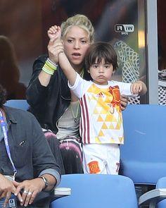 Shakira & Milan: Football Fans - http://site.celebritybabyscoop.com/cbs/2016/06/27/shakira-milan-football-fans #Football, #Gerardpique, #MilanPiqueMebarak, #Sashapiquemebarak, #Shakira, #Soccer