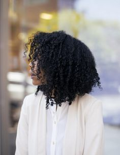 4 Tips To Caring For Your Curls This Summer