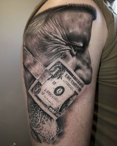 Money Mouth by @fabiofontinelle at @bayinktattoo in San Diego, California. #money #dollar #fabiofontinelle #fabiofontinelletattoos #bayinktattoo #sandiego #california #tattoo #tattoos #tattoosnob