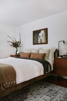 626 Likes, 27 Comments - Danica Gadeken Interior Design Styles Quiz, Spindle Bed, Traditional Bedroom Decor, Modern Traditional Decor, Home Bedroom, Teen Bedroom, Brown Bedroom Decor, Walnut Bedroom, Bedroom Artwork