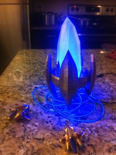 Hey, I found this really awesome Etsy listing at https://www.etsy.com/listing/262386792/easter-sale-starcraft-2-pylon-desk-light