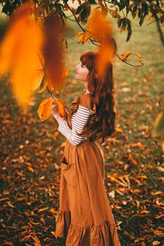 Fashions Fade - A Clothes Horse Autumn Photography, Outdoor Photography, Photography Poses, Autumn Aesthetic Photography, Girl Photo Shoots, Girl Photos, Orange Aesthetic, Ginger Hair, Female Images