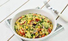 10 Retete cu Quinoa - sanatoase si delicioase!   Gourmandelle Best Salad Recipes, Sweet Recipes, Vegetarian Recipes, Healthy Recipes, Yummy Treats, Yummy Food, Quinoa Salad, Fried Rice, Risotto