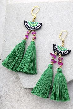 Shashi Delaney Green Tassel Earrings Join the party in the Shashi Camilla Green Tassel Earrings! A green, black, and white embroidered bead with gold and purple beads tops trendy green tassels.Turquoise and red stone tasselDiscover recipes, home idea Green Tassel Earrings, Tassel Earing, Tassel Jewelry, Textile Jewelry, Crystal Jewelry, Diy Jewelry, Handmade Jewelry, Jewelry Making, Jewellery