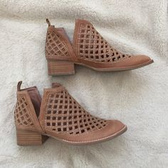 Jeffrey Campbell taggart booties Worn 3-4 times still in great condition Jeffrey Campbell Shoes