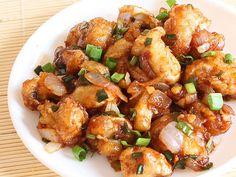 Anyone who likes Mushrooms, will love Mushroom Manchurian to its death. Follow this dry mushroom manchurian recipe to make delicious protein rich manchurian at home.