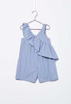 Features: Stripe Short Jumpsuit Knee-Length V-Neckline Frill Wrap Detailing Sleeveless Baby Girl Fashion, Kids Fashion, Fashion Shoes, Fashion Clothes, Fashion Outfits, Frill Shorts, Look Girl, Short Jumpsuit, Little Girl Dresses