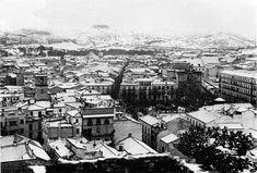 Nevada increíble también en Málaga, 3 de febrero de 1954, nevó prácticamente en toda España. Las Mercedes, Santa Ana, Paris Skyline, Spain, Country, City, Travel, Nevada, Photos