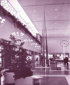 https://flic.kr/p/6Lcxy9 | Shopping Malls 1972