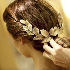wedding beauty tips ELLE Wedding: Isabel amp; Diy Hairstyles, Wedding Hairstyles, Beauty Tips Celebrity, Celebrity Style, Hair Magazine, Wedding Hair Pieces, Gold Hair, Bridal Headpieces, Fascinators