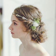 #bohemian #wedding ナチュラルでリラックスしたウエディングパーティーには、ボヘミアンスタイルがおすすめです。 ゴールドのカチュームに生花を合わせて、ふんわりとやさしい印象に。 #wedding #weddingdress #weddingdress #weddinghair #weddinghairstyle #hair #bridal #bride #natural #gardenwedding #green #instagood #instawedding #instalike #photooftheday #ウエディング #ウエディングヘア #ヘアスタイル #ボヘミアン #花嫁 #プレ花嫁 #結婚式準備 #結婚式 #ノバレーゼ #NOVARESE