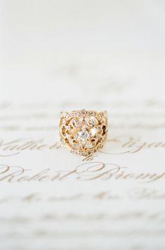 Romantic unique gold