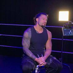 Roman Reigns Shirtless, Roman Reigns Smile, Wwe Roman Reigns, Beautiful Joe, Roman Regins, Wwe Superstar Roman Reigns, Roman Warriors, Professional Wrestling, Fine Men