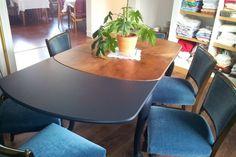 Esstische - Ausziehbarer Esstisch - optional mit sechs Stühlen - ein Designerstück von Fundhaus bei DaWanda