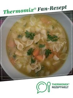 Vegetable soup with noodles from cangubo. A Thermomix ® recipe from the soups category on www.de, the Thermomix ® Community. Vegetable soup with noodles Nadine dmstvgm Thermomix Vegetable soup with noodles from cangubo. A Thermomix ® rec Vegetable Noodle Soup, Vegetable Soup Healthy, Healthy Vegetables, Vegetable Recipes, Beef Recipes, Soup Recipes, Vegetarian Recipes, Snack Recipes, Cooking Recipes