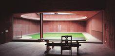 Valerio Olgiati - Atelier Bardill (house for a musician), Scharans 2007