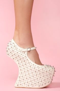 LOVE this website... in case i ever need to vuy a crazy shoe!