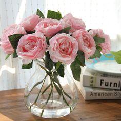 Flores artificiais na decoração da sua casa - Imóveis em Curitiba