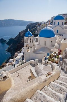 I've wanted to go to Greece ever since I saw Sisterhood of the traveling pants.