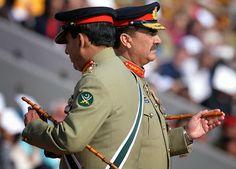 Pakistan Army: General Ashfaq Kayani handover command baton to General Raheel Sharif Pakistan Army, Pakistan News, Military Beret, Pakistan Armed Forces, Navy Air Force, The Beautiful Country, Army & Navy, Captain Hat, Image