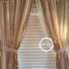 Maar niet met roze denk ik... dat maakt t te girly maar glim en gewoon wit? Pink Und Gold, Gold Sparkle, Gold Lace, Mint Gold, Rose Gold, Blush Pink, Princess Bedrooms, Princess Room, Babies Rooms