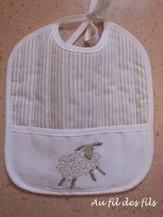 bavoir mouton