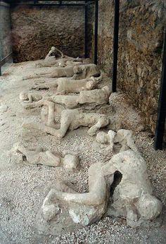 Corpos em Pompéia - Itália