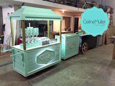carrinhos gourmet em eventos - Pesquisa Google Kiosk Design, Cafe Design, Booth Design, Coffee Carts, Coffee Truck, Coffee Shop, Food Cart Design, Food Truck Design, Food Trucks