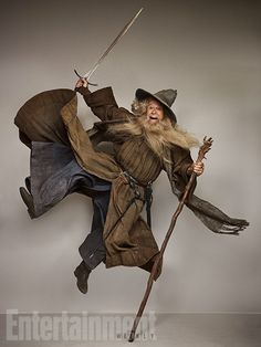 Meet Stephen Colbert, the person who dressed up like the figures and characters of the much popular film series, the Lord of the Rings. This person did this for a portfolio shoot in a leading magazine and her you have a picture gallery which will makes your jaws drop broad open. Check out each of …
