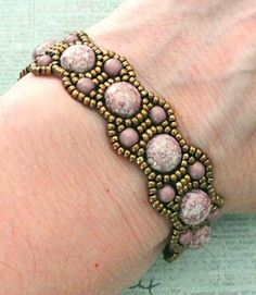 Linda's Crafty Inspirations: Bracelet of the Day: Canterbury with Candy Beads Beads Jewelry, Lace Jewelry, Jewelry Crafts, Jewelery, Handmade Jewelry, Gemstone Jewelry, Beaded Braclets, Beaded Bracelet Patterns, Seed Bead Bracelets