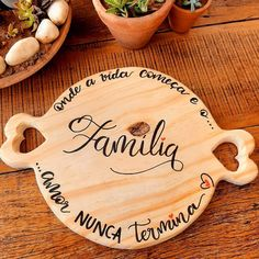 Name Gifts, Cnc Router, Bamboo Cutting Board, Lettering, Crafts, Home Decor, Wood Cutting Boards, Wood Art, Ceramic Tile Crafts
