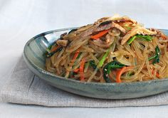 Japchae (Korean Stir-Fried Starch Noodles with Beef and Vegetables)   eating and living