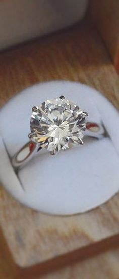 Realistically this is all I want in an engagement ring. Simple, elegant, traditional round diamond that I hardly see anyone with these days. Wedding Engagement, Wedding Bands, Engagement Rings, Perfect Wedding, Dream Wedding, The Bling Ring, Dream Ring, Or Antique, Diamond Are A Girls Best Friend