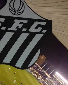 """9,667 curtidas, 624 comentários - Santos Futebol Clube (@santosfc) no Instagram: """"Bola rolando no Alçapão! Na primeira partida, o Santos venceu por 3 a 2! #SANxCAP #CaminhoDoTetra"""""""